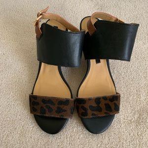 New kenzie Sandals Size 7M